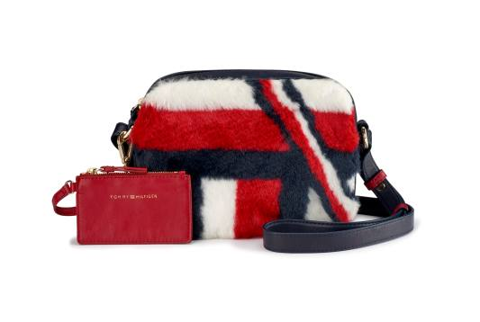 FA_17 Tommy Hilfiger Fur Camera Bag Rs4999_-