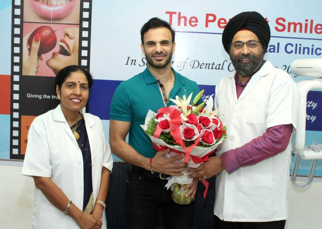 Dr Navreet Sandhu (left) with Manmord Sidhu (centre) and Dr Sarabjeet Singh